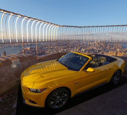 mustang-empire-state-slide-MVPR-chicabinaria