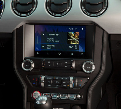 Fords-Sync-3-in-dash-system-will-let-you-access-maps-contacts-and-music-from-your-Android-or-iOS-phone